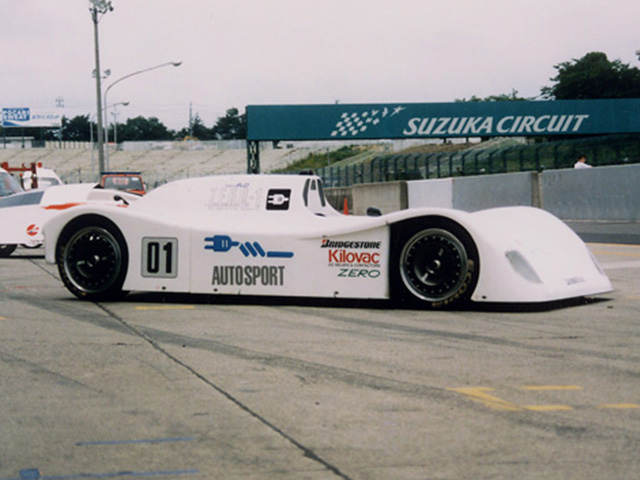 Launched Electric racing car Z.E.R.O-1 with the monocoque chassis for F3000